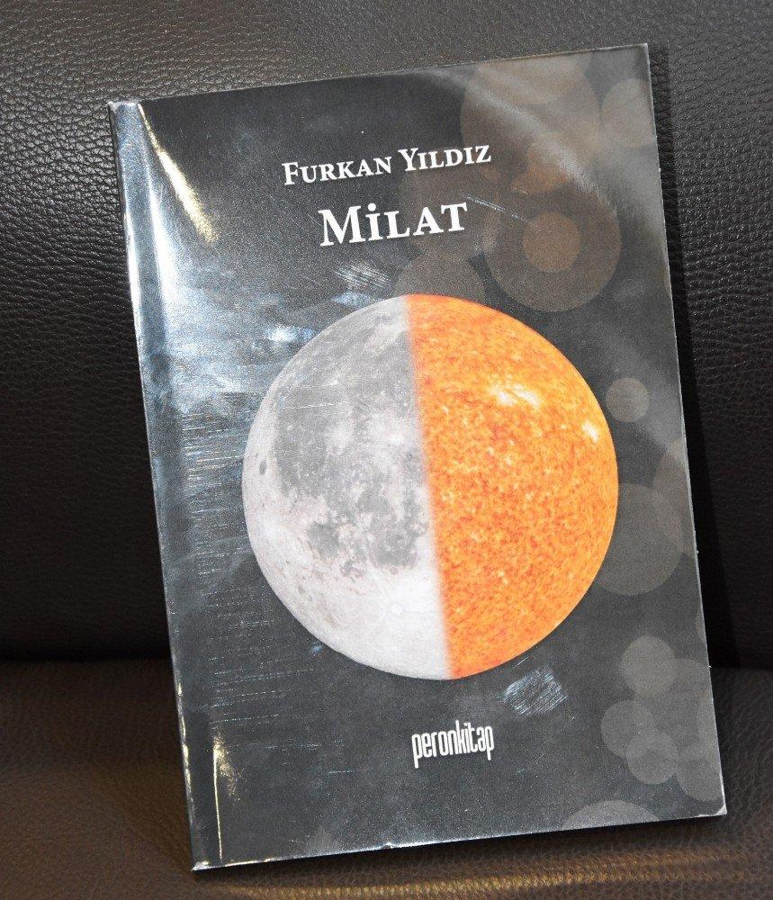 15 yaşındaki Furkan, kitabını Başkan Alıcık'a hediye etti