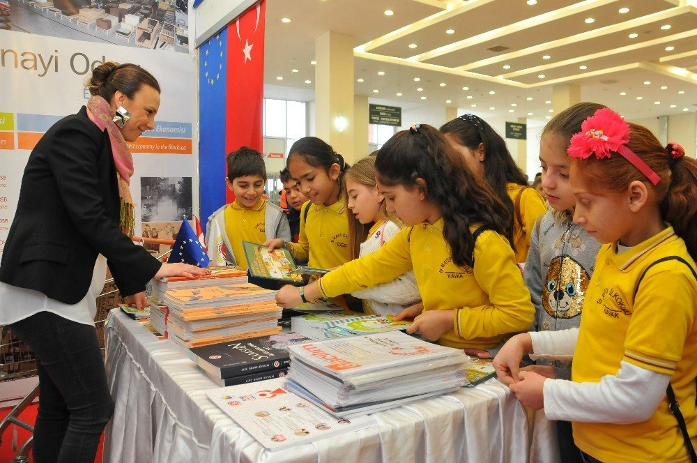 Samsun TSO AB Bilgi Merkezi standına büyük ilgi