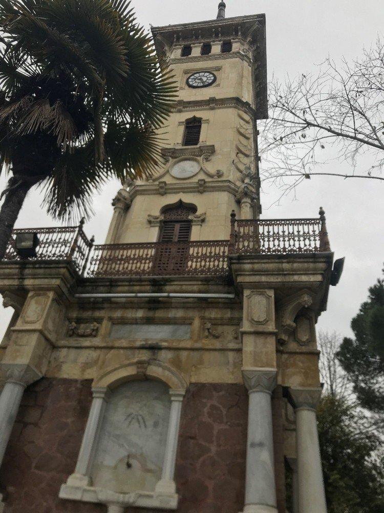 İzmit Saat Kulesi bakımdan geçti