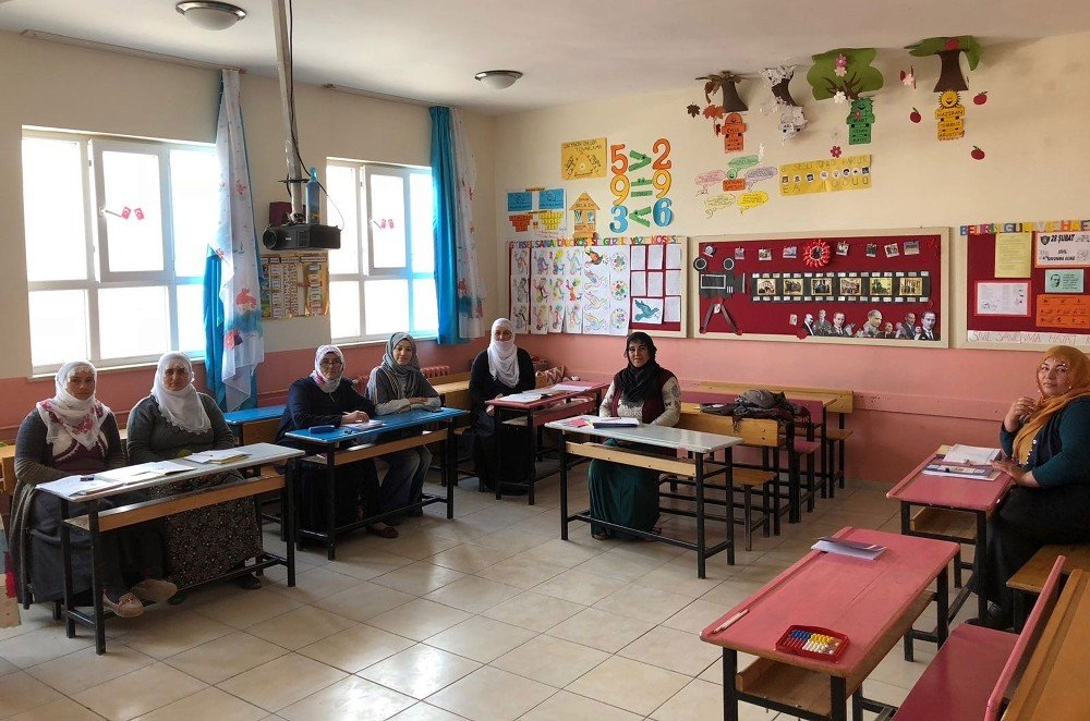 Adilcevaz'da 'Okuma Yazma Seferberliği' başlatıldı