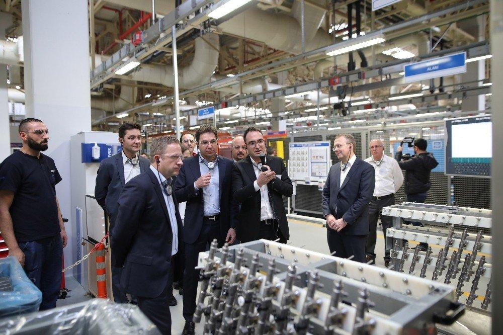 Delphi Technologies'in Başkanı Butterworth, İzmir fabrikalarını ziyaret etti