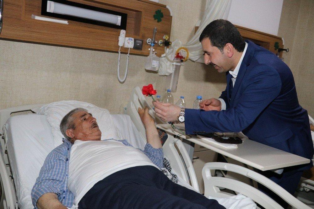 Baydili hastaları ziyaret ederek destek istedi
