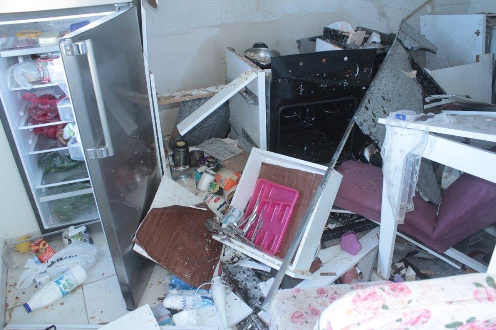 Tüpgaz Patlaması Evi Kullanılmaz Hale Getirdi