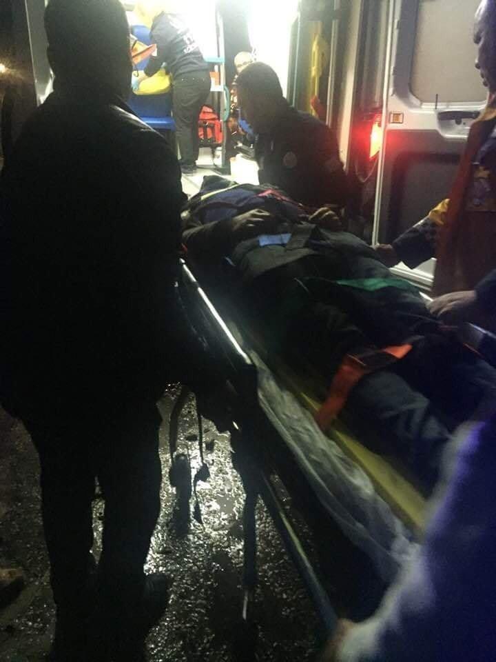 Osmaniye'de Mhp Seçim Minibüsü Kaza Yaptı 2 Yaralı