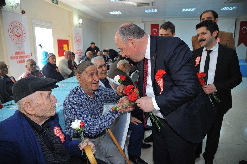 Osmaniye'de Yaşlılar Haftası Etkinliği