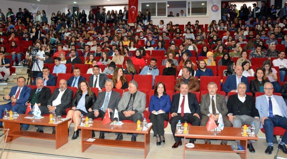 Çomü'de İşkur Kariyer Günleri Etkinliği Gerçekleşti
