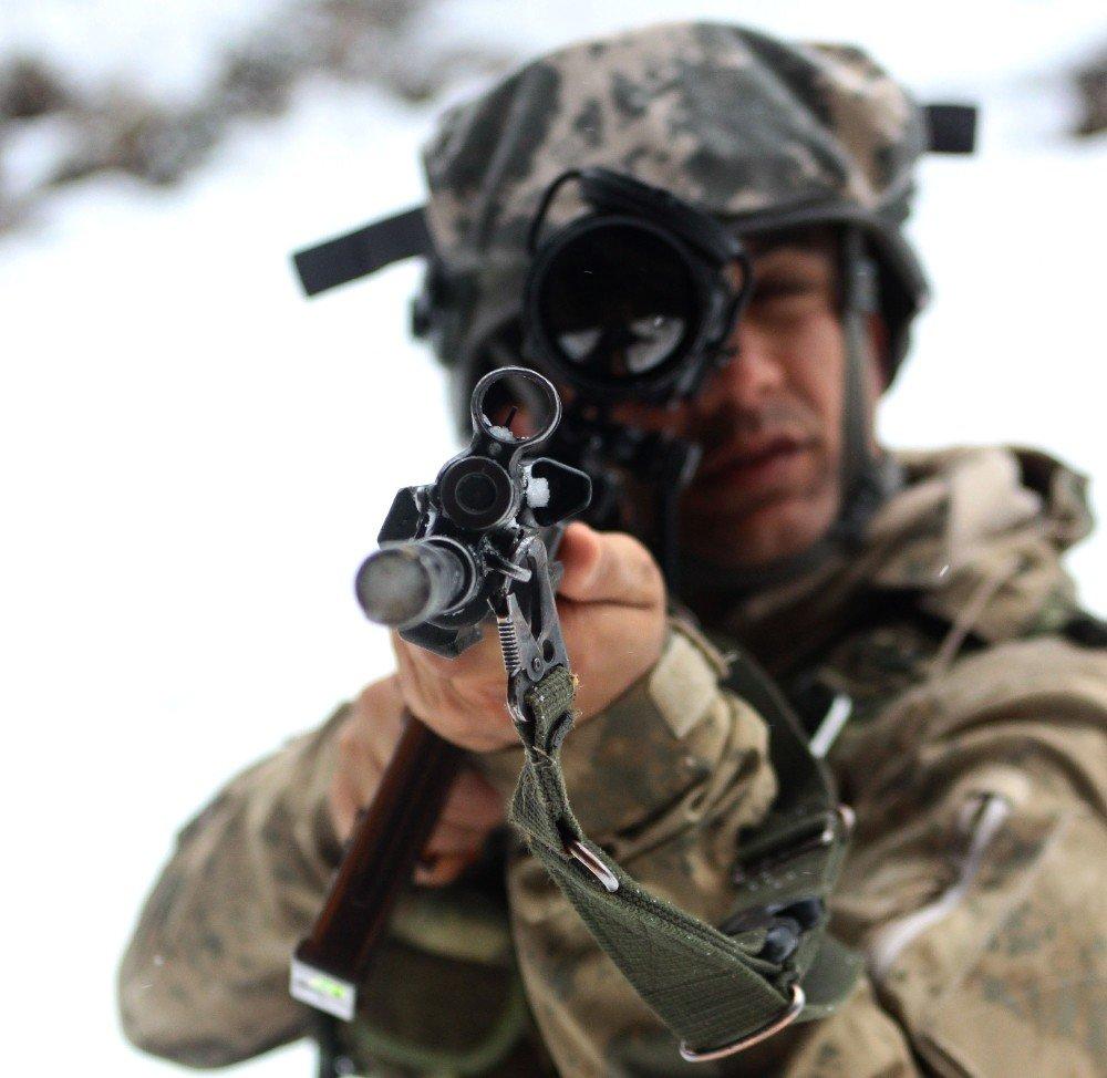 Doğu Karadeniz'de 5 İlde Eş Zamanlı Terör Operasyonu Başlatıldı