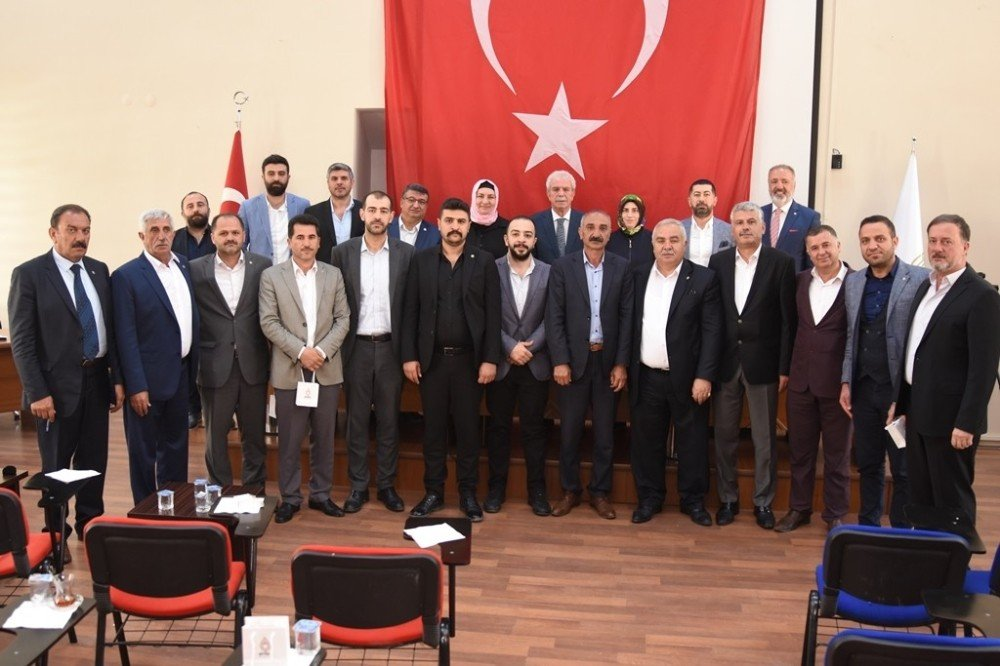 Artuklu Belediyesi Seçimden Sonra İlk Meclis Toplantısını Gerçekleştirdi