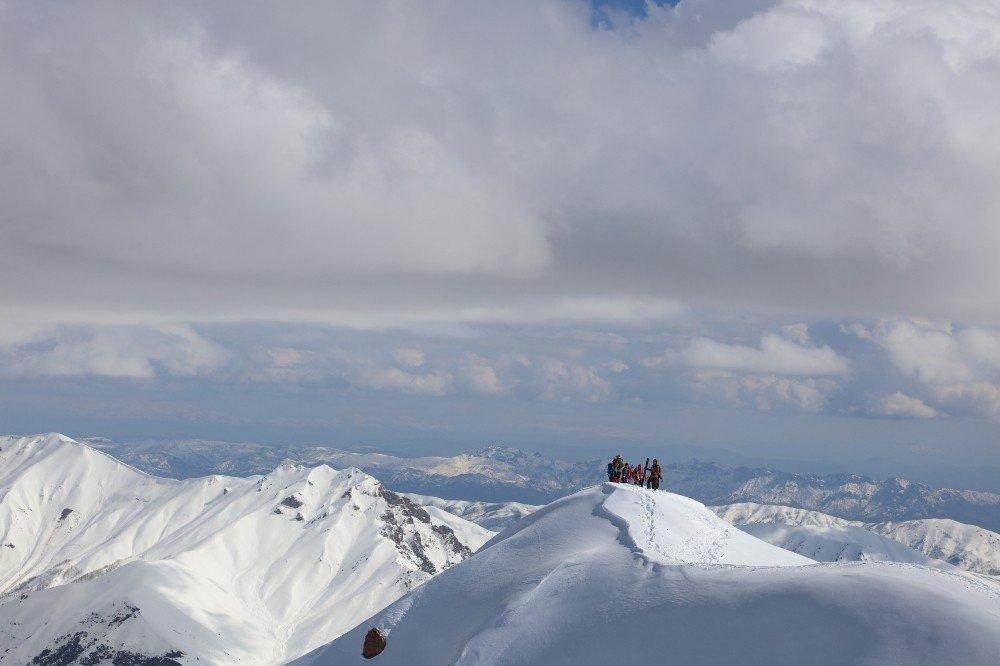 Bu Manzara Alpler'den Değil Tunceli'den