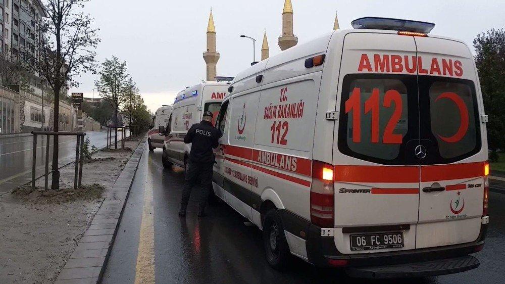 Ankara'da Sabah Servisi Esnasında Özel Halk Otobüsü Kaza Yaptı: 10 Yaralı