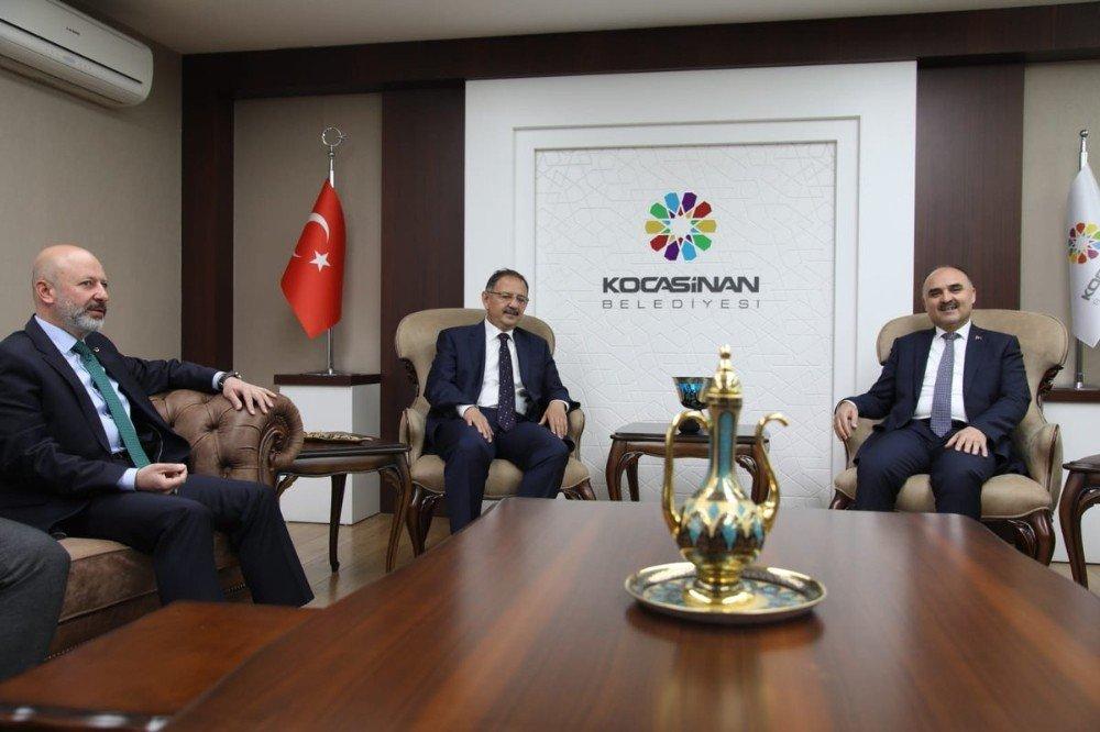 Bakan Özhaseki, Başkan Çolakbayrakdar'a Başarılar Diledi