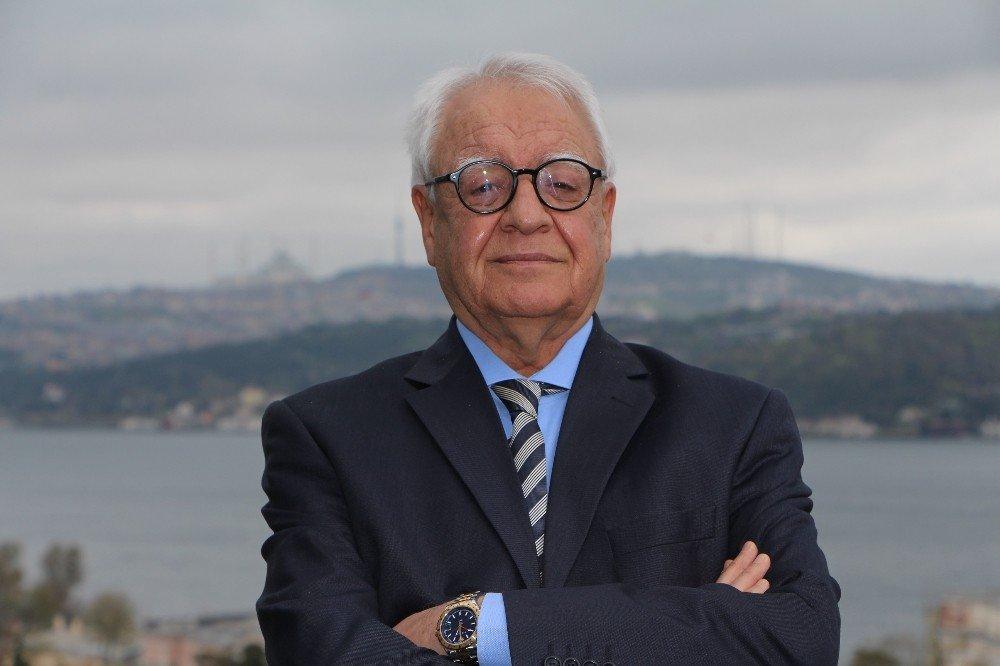 Dünya Çocuklarının Sağlığı Türk Baba-oğula Emanet