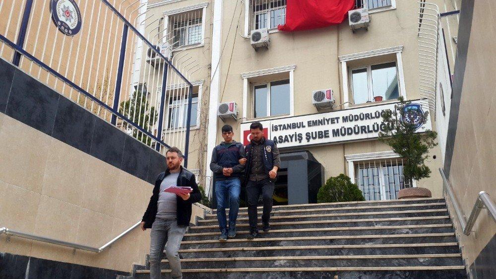 İstanbul'da Marketin Kasasını Soyan Hırsız Kamerada