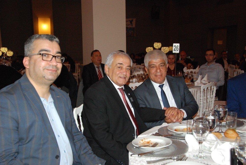 Başkan Aktan, İstanbul'da Silifkelileri yalnız bırakmadı ile ilgili görsel sonucu