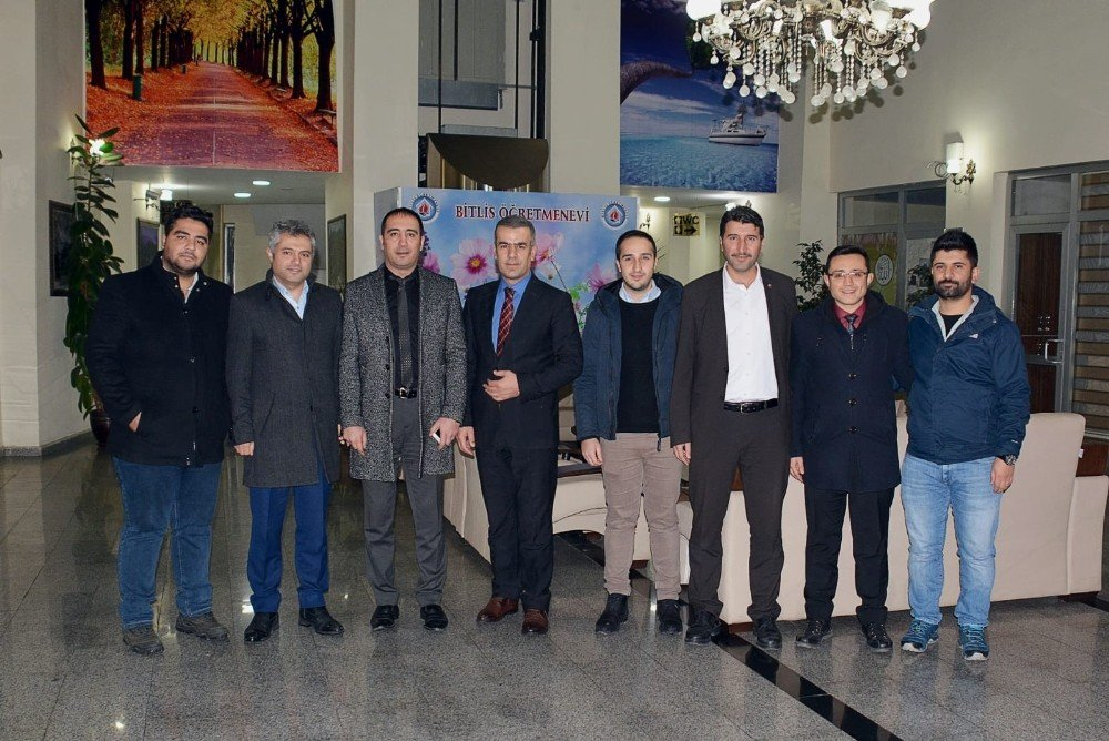 Bitlis'te Eğitim Çalışanlarının Sorunları Konuşuldu