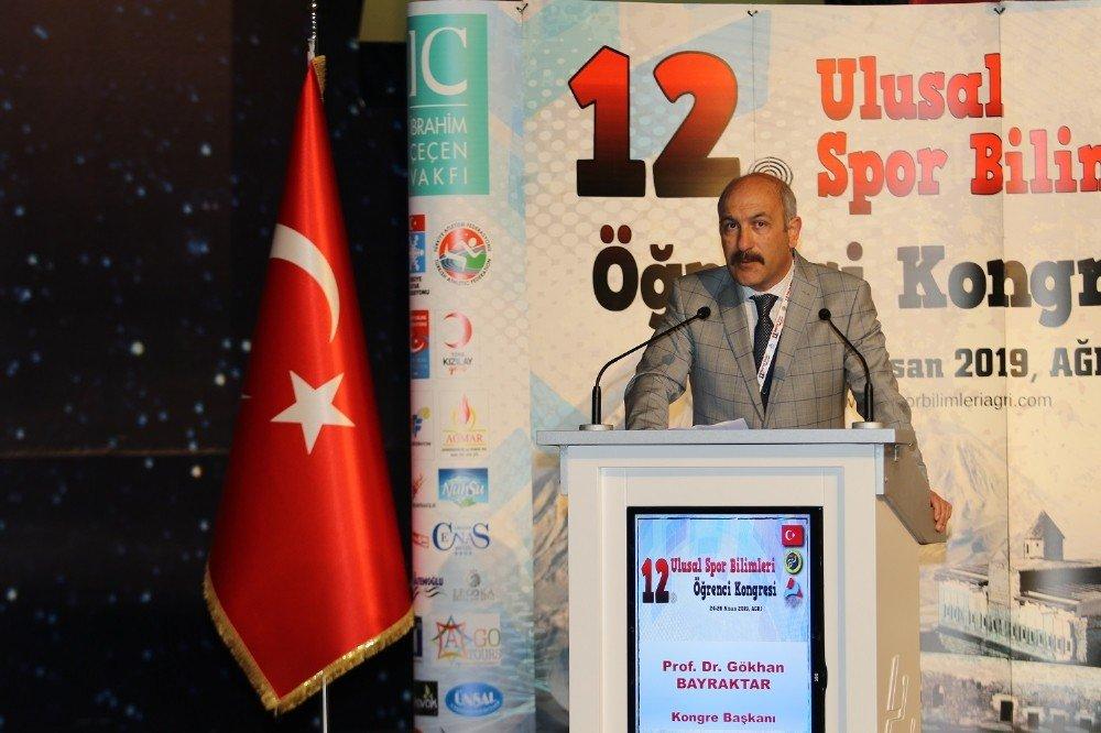 Aiçü'de 12. Ulusal Spor Bilimleri Öğrenci Kongresi Açılış Programı Yapıldı