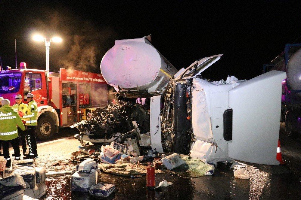 Bolu Tem Otoyolunda Tır Kazası: 1 Yaralı