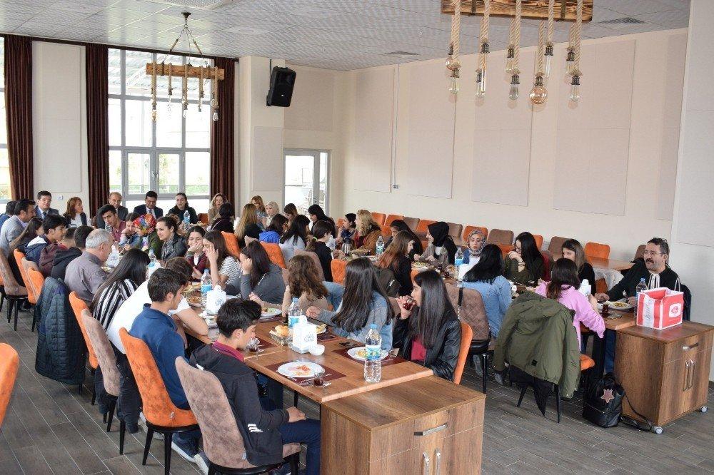 Kardeş Okulları Arguvan'da Buluştu