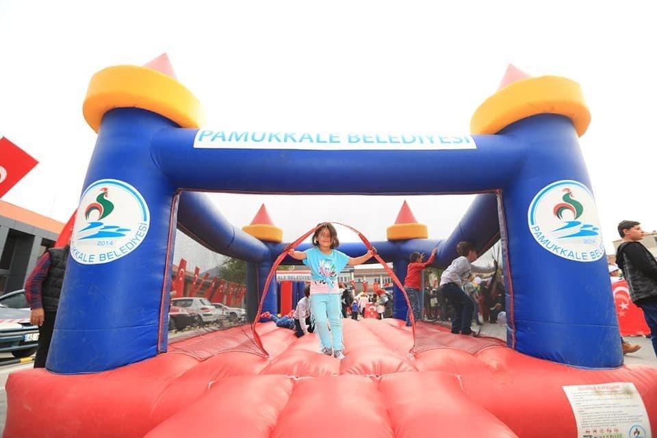 Başkan Örki'den Çocuklara Bayram Jesti
