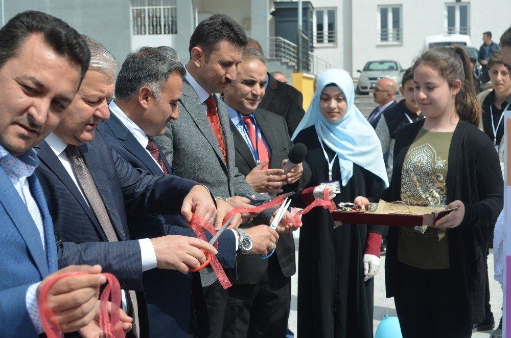 Develi'de Tübitak Sergisi Açıldı