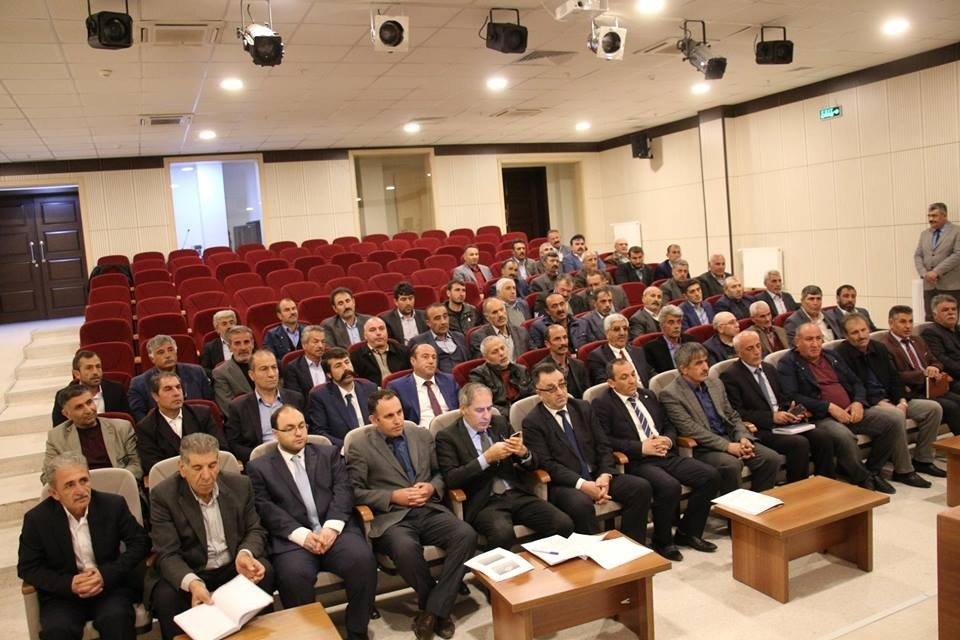Oltu'da Muhtarlar Toplantısı