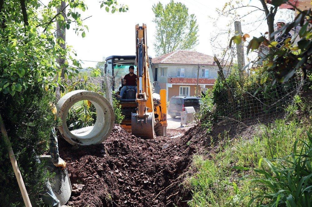 8,2 Milyonluk Kanalizasyon Projesinde Çalışmalar Sürüyor