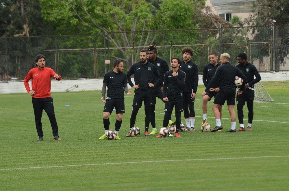 Denizlispor, Balıkesirspor Maçının Ardından Süper Lig'i Garantileyebilir