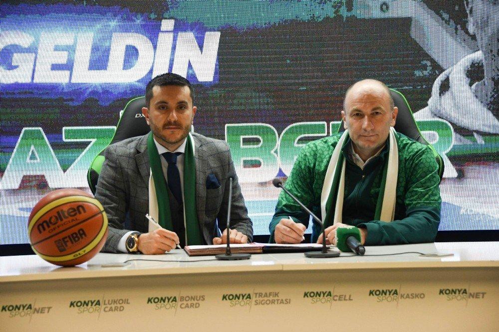 Atiker Konyaspor, Aziz Bekir İle Anlaştı