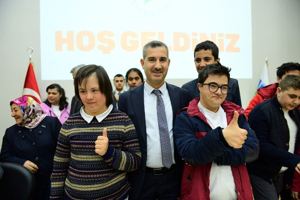 Başkan Çınar Özel Sporcuları Ağırladı