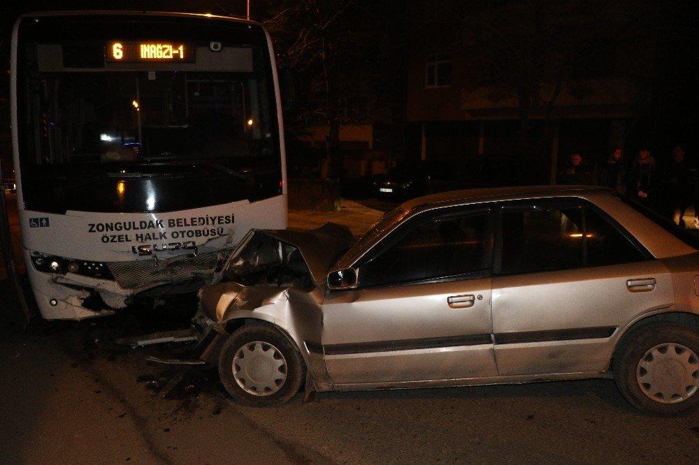 Halk Otobüsünün Otomobille Çarpıştığı Kazanın Görüntüleri Ortaya Çıktı