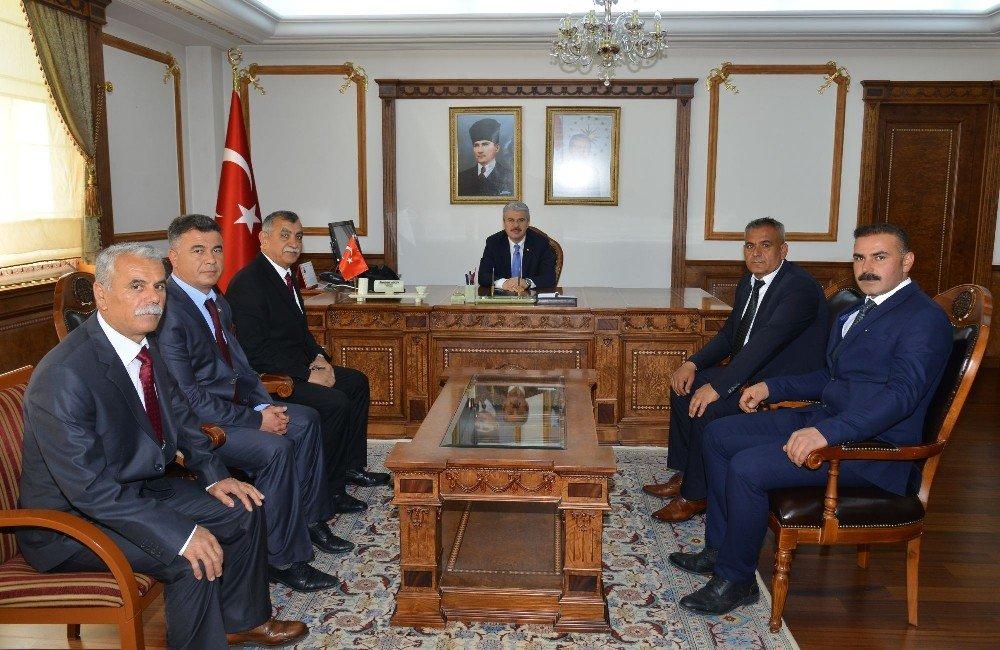 İlçe Ve Belde Belediye Başkanları Vali Akın'ı Ziyaret Etti