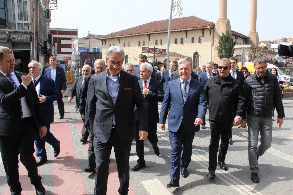 Adigey Cumhuriyeti Başkanı Kumpil Düzce'de