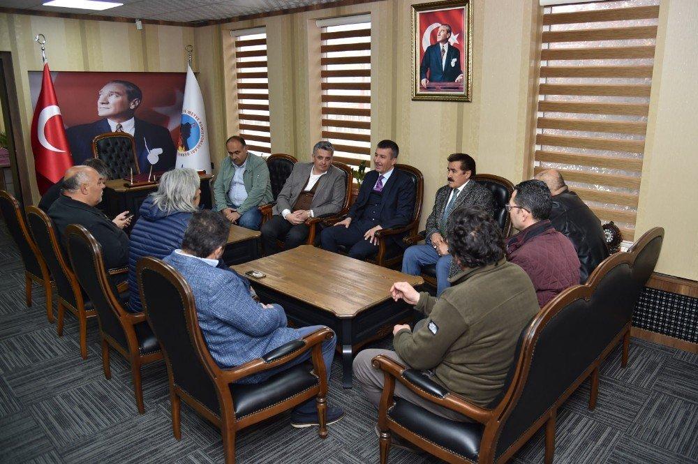 Başkan Balcı'dan Toptancı Hali Esnafına Ziyaret