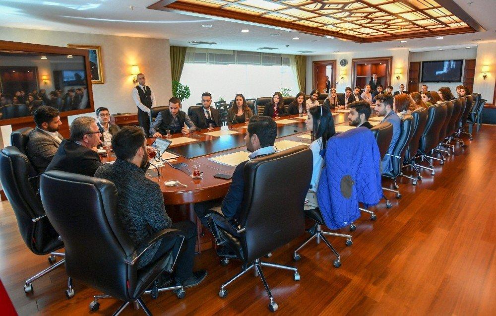 Başkan Yavaş'a, Hukuk Fakültesi Öğrencilerinden Ziyaret