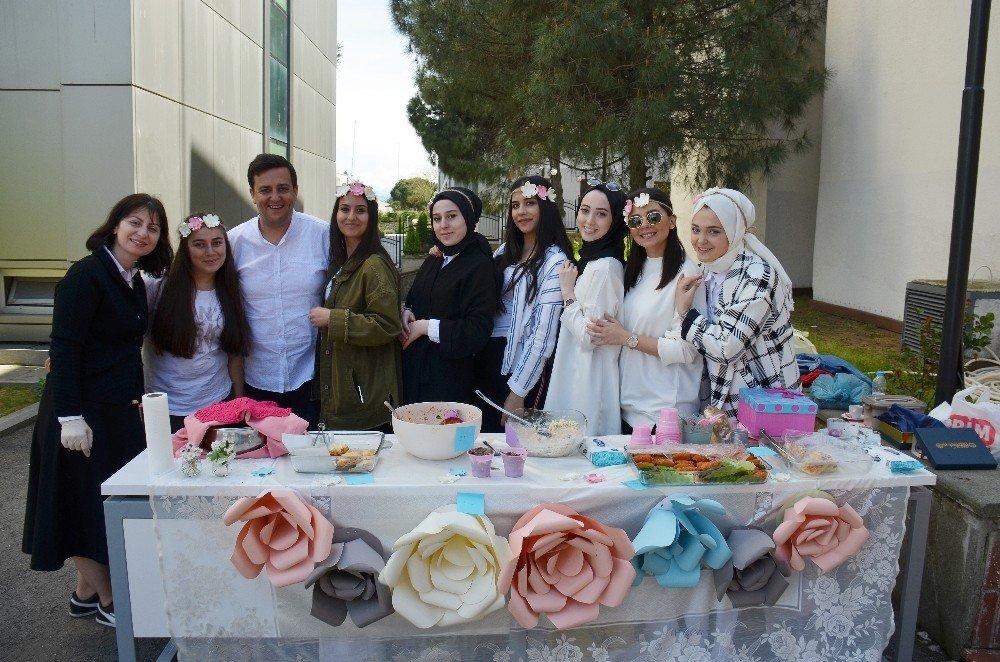 Avrasya Üniversitesi Öğrencilerinden Anlamlı Kermes