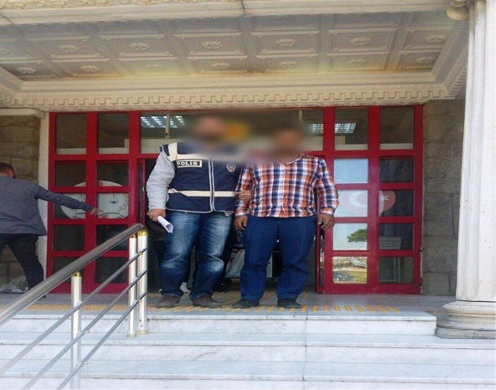 Didim'de Yakalanan Aranan 5 Şüpheliden 2'si Tutuklandı