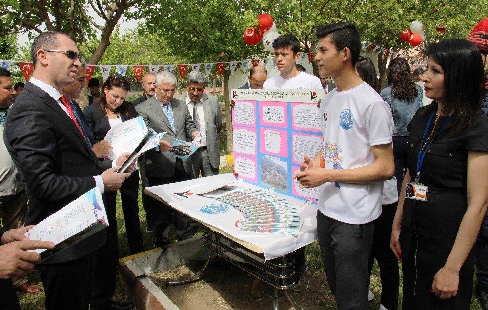 Gençler Köy Köy Dolaşıp Unutulmaya Yüz Tutmuş Kültürel Değerleri Ölümsüzleştirdi
