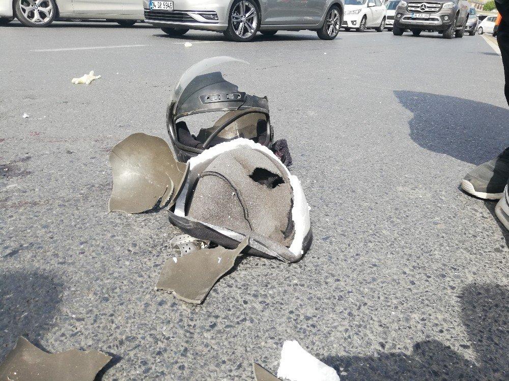 Beylikdüzü'nde Feci Kaza:1 Ağır Yaralı