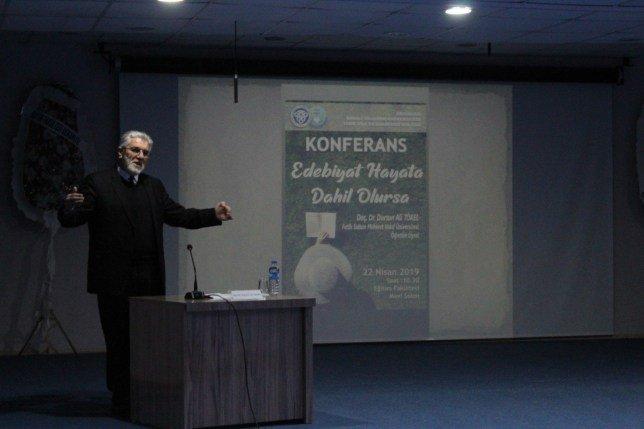 """Binali Yıldırım Üniversitesinde """"Edebiyat Hayata Dâhil Olursa"""" Söyleşisi"""
