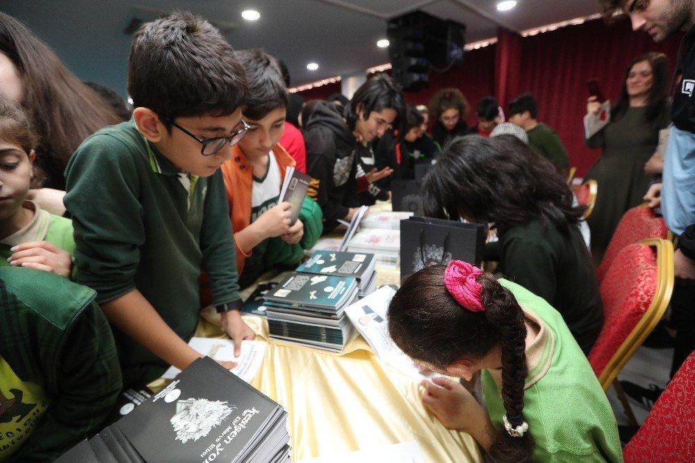 Geleceğin Yazarları Kitaplarını İmzaladı