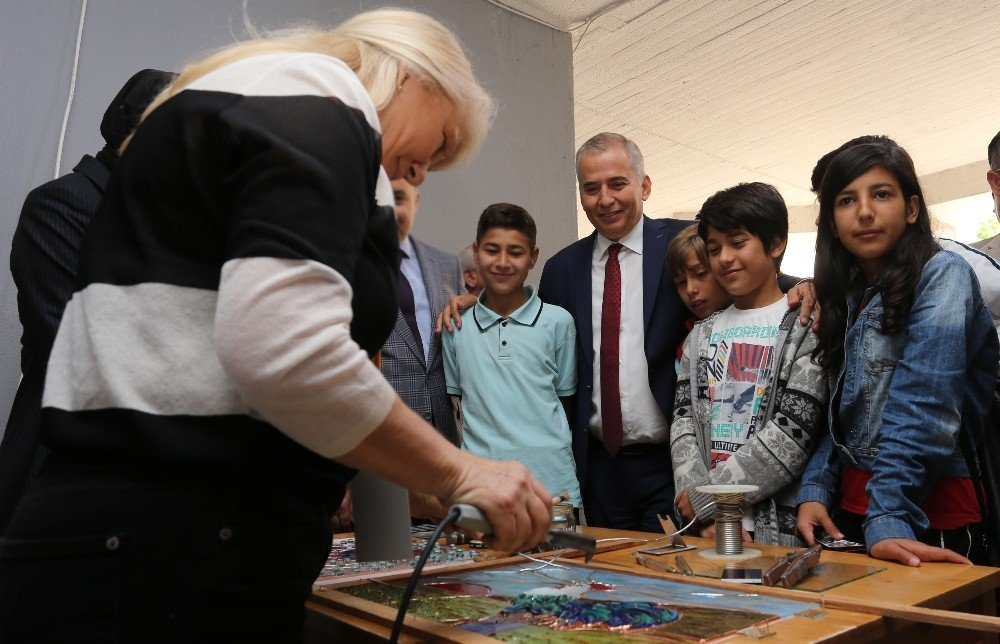 Türkiye'nin İlk Ve Tek Cam Bienali, Gün Sayıyor