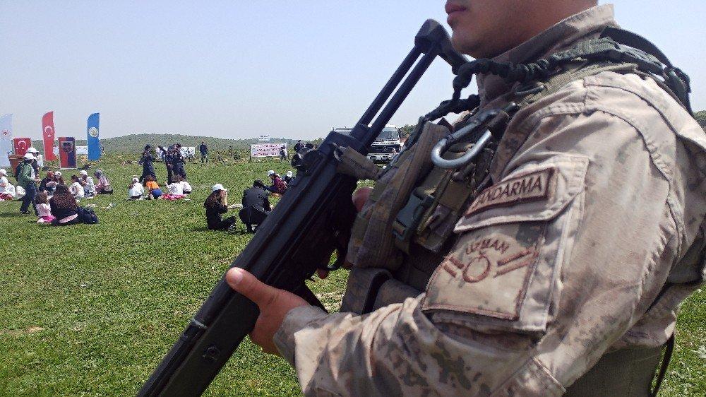 Arnavutköy'de Jandarmanın 180'inci Kuruluş Yılı Sebebiyle Hatıra Ormanı Açılarak Fidan Dikildi