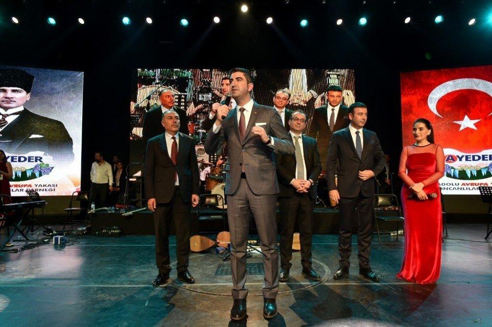 Erzincanlılar Şöleni'nde Başkan Yüksel'e Yoğun İlgi