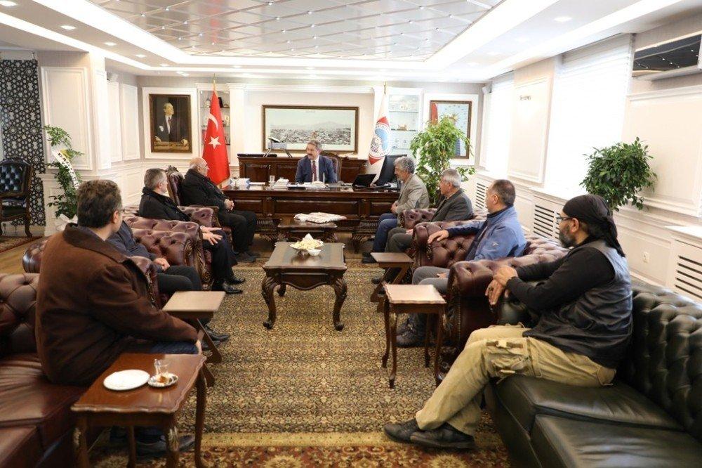 """Melikgazi Belediye Başkanı Dr. Mustafa Palancıoğlu """"Kayseri Erciyes Sanat Derneği İle Sanatsal Ve Kültürel Çalışmalarımıza Ve Projelerimize Katkı Sağlayacağız"""""""