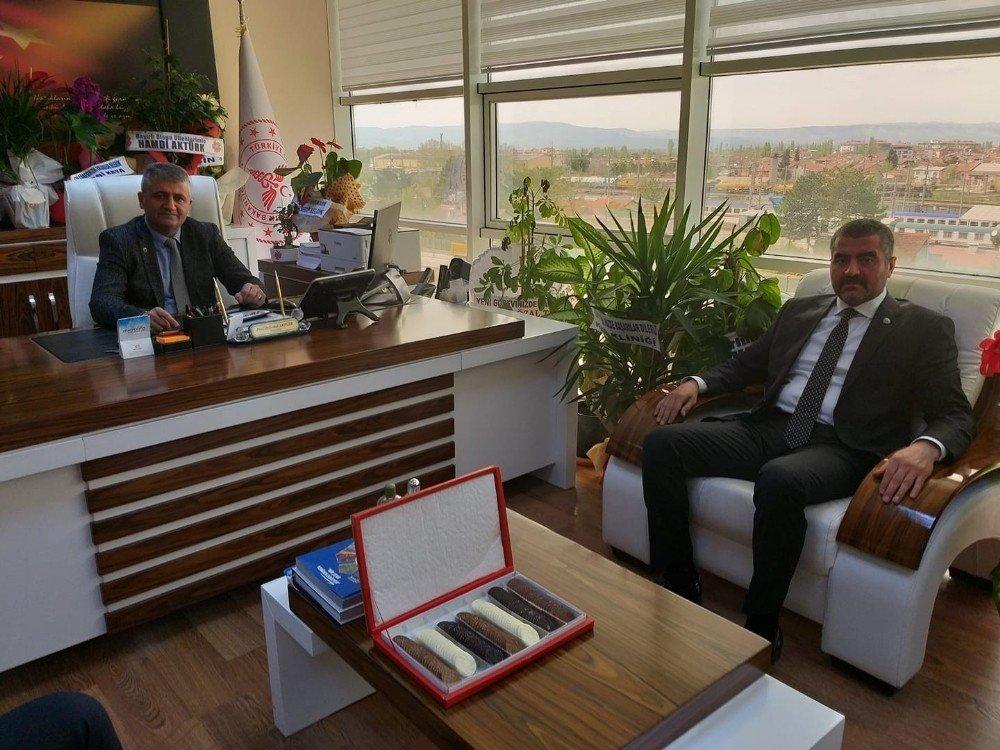 Başkan Avşar'dan Yeni Başhekime Ziyaret