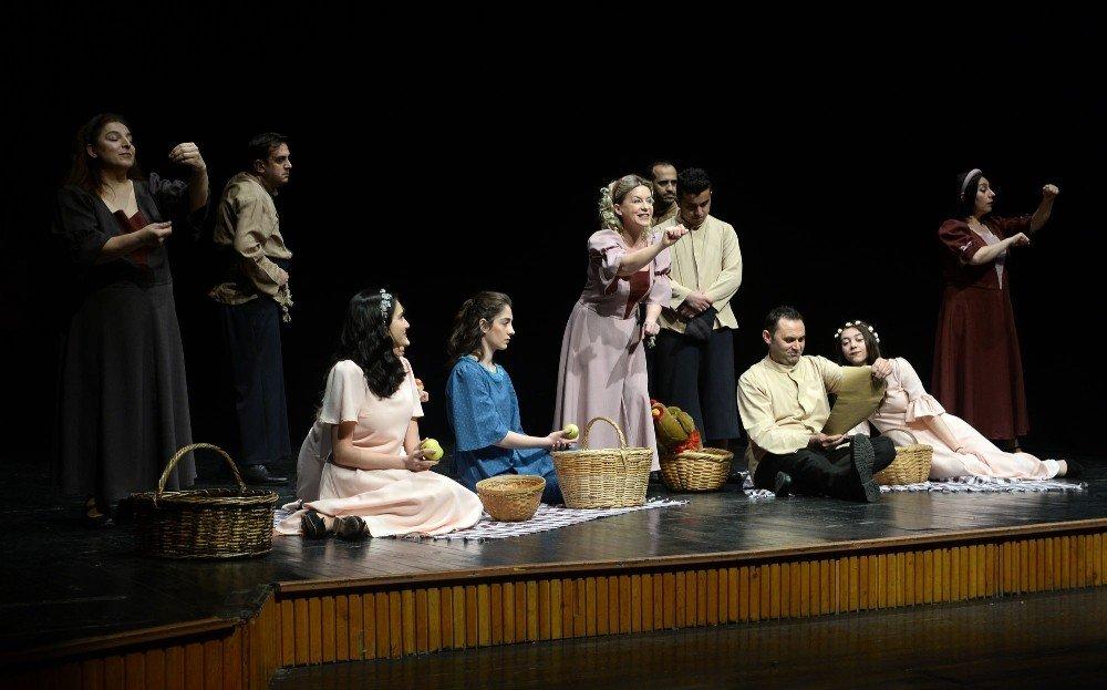 Osmangazi'de Tiyatro Zamanı