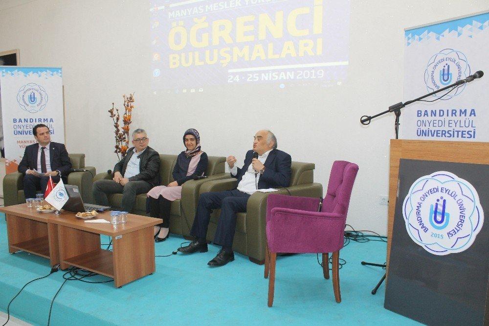 Rektör Özdemir, Öğrencilerle Buluştu