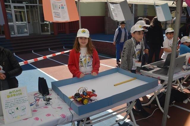 Cumhuriyet Ortaokulu'ndan 'Robotik Kodlama Şenliği'