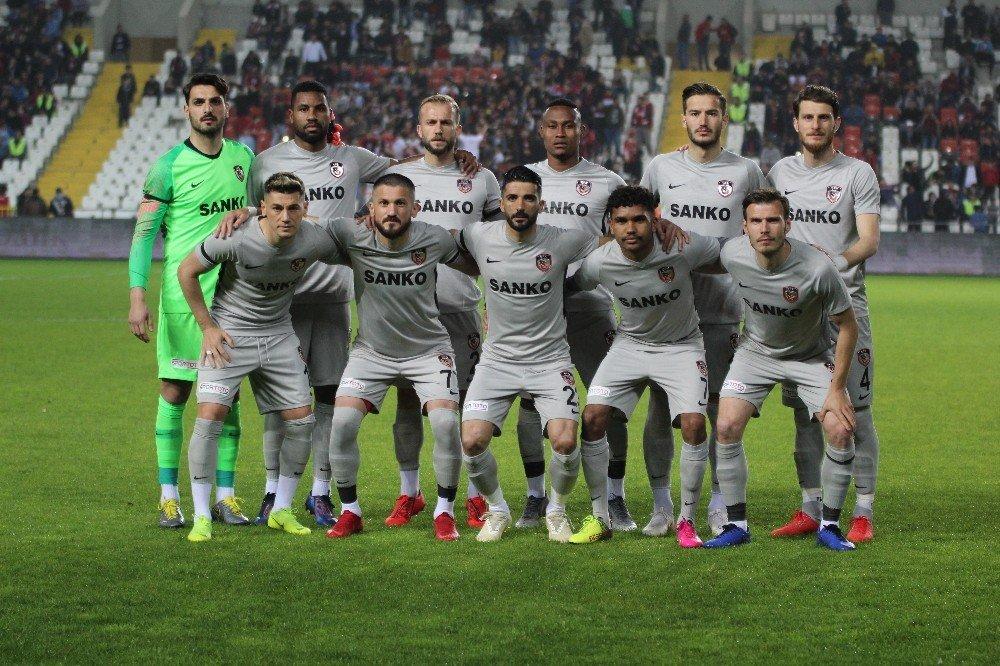 Gazişehir'in Gözü Play-off'ta