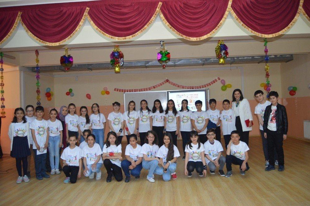 Besni'de İngilizce Dil Festivali Düzenlendi